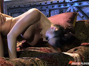 Chanel Preston converts nerdy boy into her vampire cult