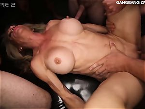 fitness mummy knows how to pummel and fellate at the group sex