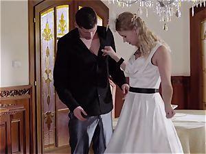 PINUP fuck-a-thon - ultra-cute Czech ash-blonde likes sensuous screw