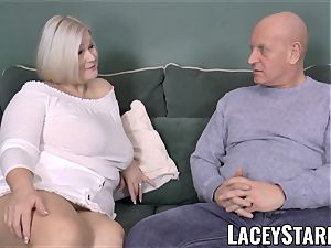 LACEYSTARR - buxomy GILF negotiates a great coochie deal
