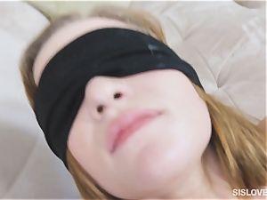 Peyton Robbie romped blinded