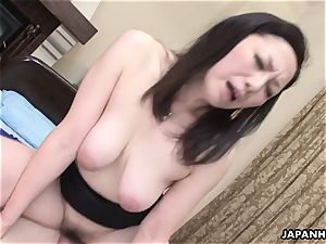 chinese wife got her fur covered honeypot smashed after a sixty-nine