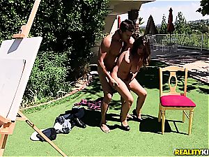 huge-chested Ella Knox has some drilling joy in the sun
