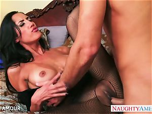 black-haired stunner Chloe Amour suck and pulverize