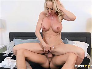 Brandi enjoy boned in her raw cooch