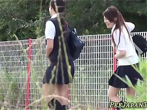 chinese college girls urinate