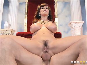 luscious mummy Lisa Ann is queen of special smashing
