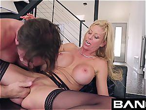 fuck xxx: Alexis Fawx splattering cougar penetrated