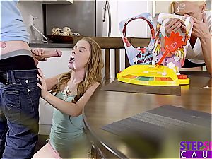 big wood step-brother gets a mind-blowing blowage from his sis