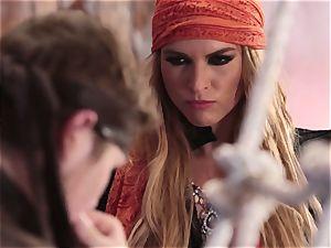 bukkake facial for stellar pirate Keira Nicole