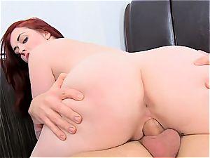 natural seduction Jaye Rose gets boobies shaken