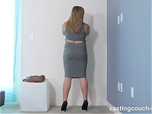 obese beauty Dee arrives to the CastingCouch HD