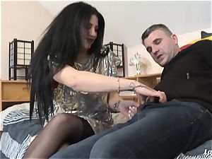 LA rookie - hot Romanian stunner culo smashed by French boy