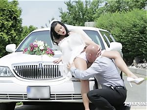 muddy bride takes her chauffeur's penis before her wedding