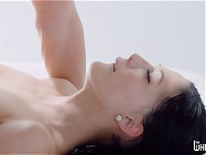 lovely honeypot massage