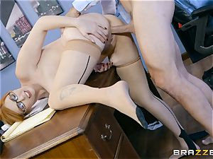 manmeat greedy Lauren Phillips smashed in her ginger vag