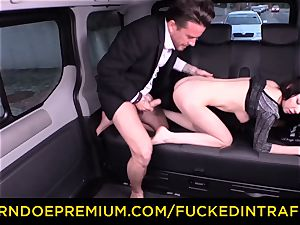 humped IN TRAFFIC - fantastic diminutive honey poked by driver