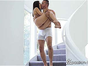 black-haired ultra-cutie Lana Rhoades screws a lucky dude