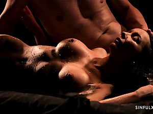 voluptuous massage turns into a sensual nail