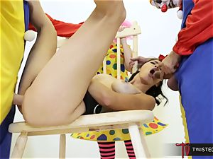 Dana Vespoli banged by creepy fat schlong clowns